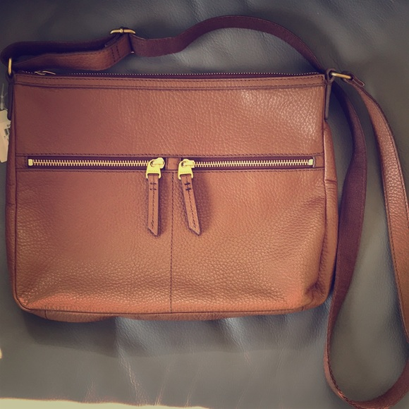 4e7358f0af78 Fossil Elise Large Double Zip Leather Crossbody